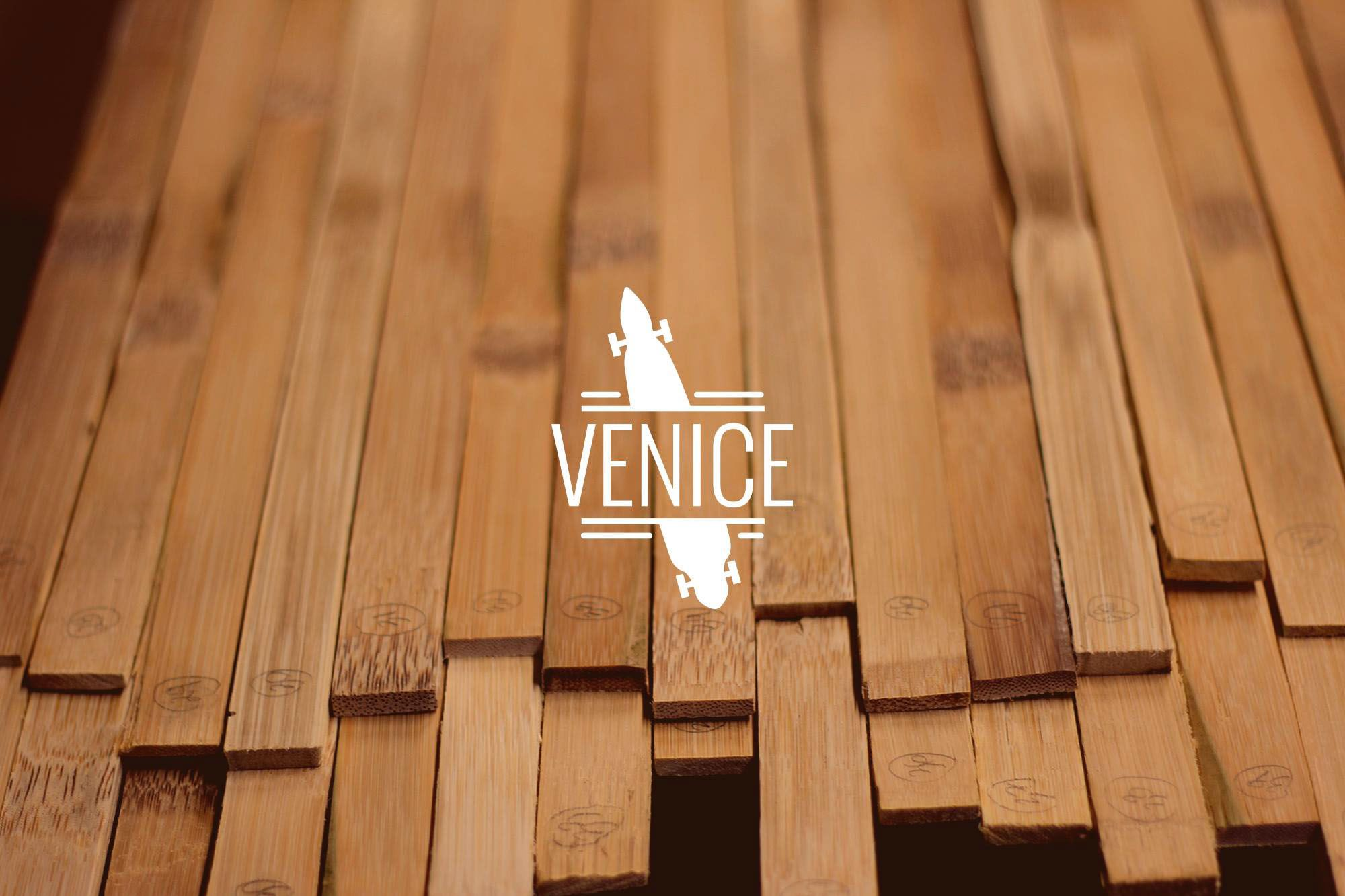 "다음 @Behance 프로젝트 확인: ""Venice - Illustrated Bamboo Longboard"" https://www.behance.net/gallery/32338713/Venice-Illustrated-Bamboo-Longboard"