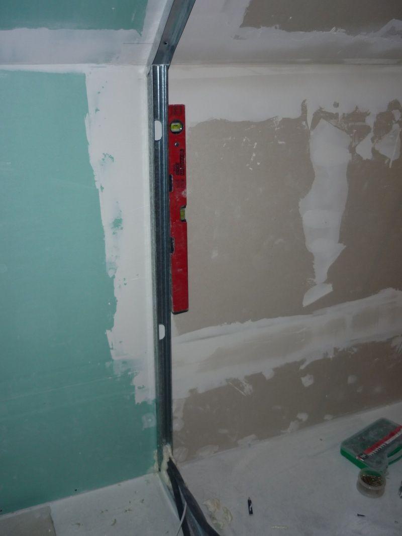 Poser des rails pour cloisons s ches en placo type ba13 combles pinterest bauanleitung - Plaque de platre salle de bain ...