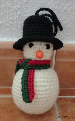 Santa Claus - Crochet Pattern - wreath pattern - Crochet christmas ... | 400x248