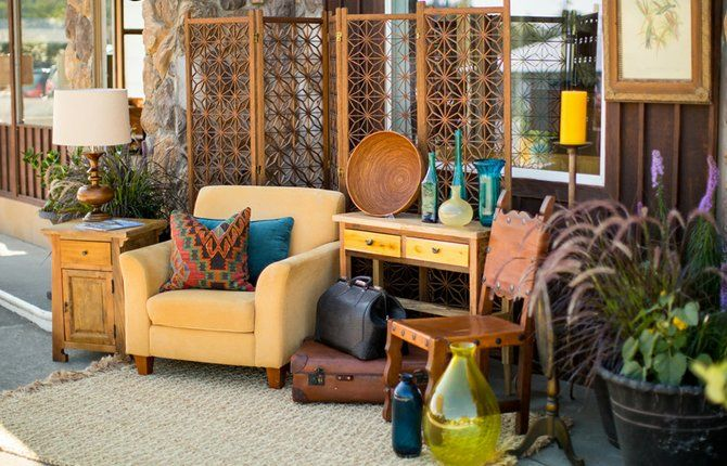 A FURNITURE VIGNETTE invites people into The Dwelling Station, a  consignment furniture shop in Mosier