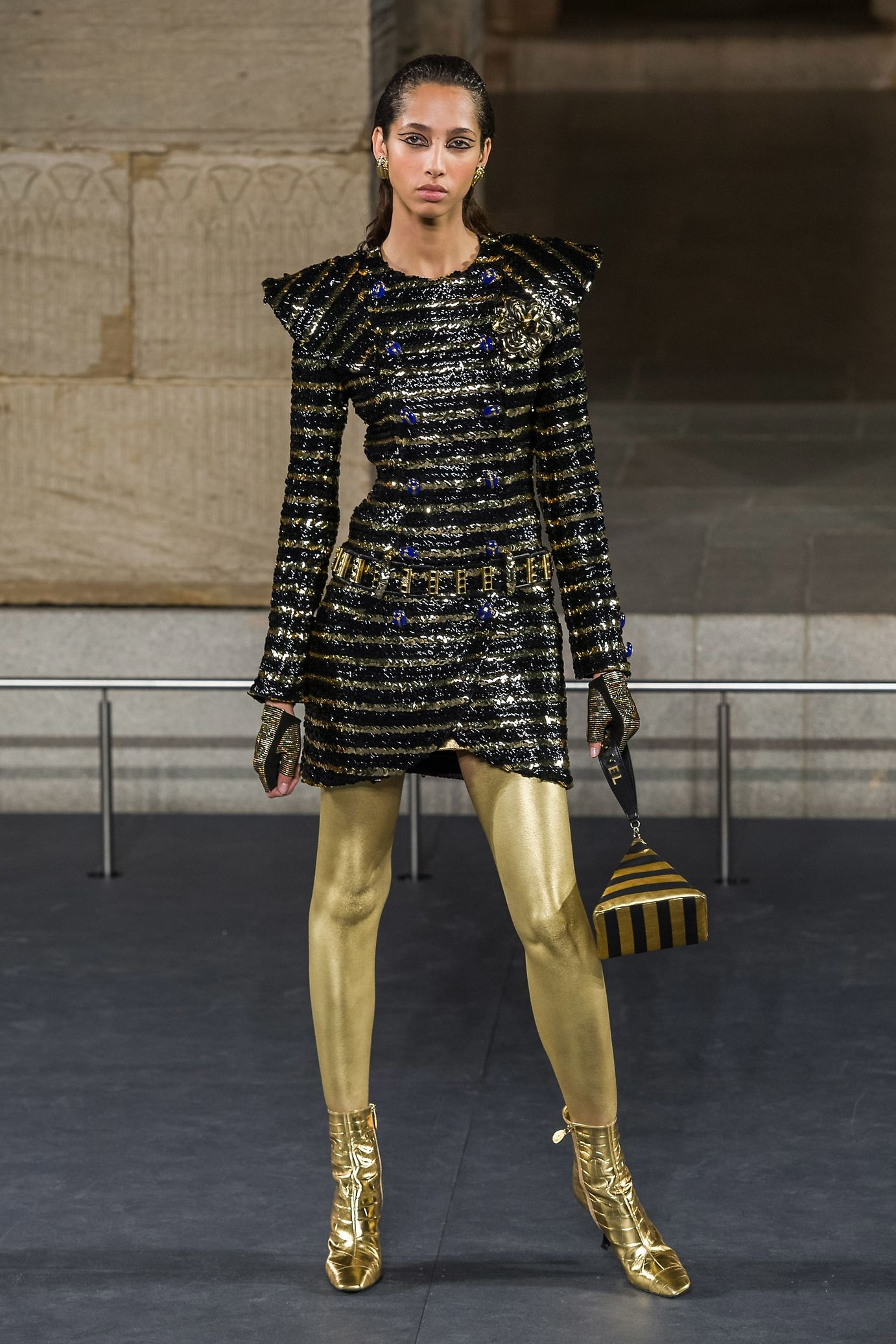 Défilés in 2019 | Fashion | Chanel fashion, Fashion ...