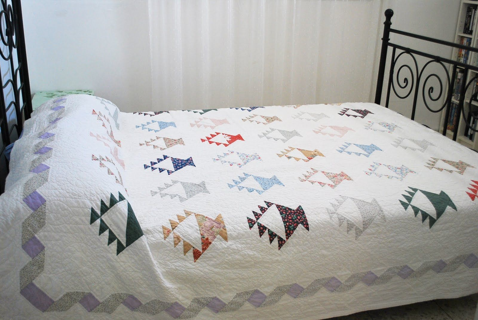 Milk and Honey Quilts: Basket Quilt for the Blogger's Quilt Festival