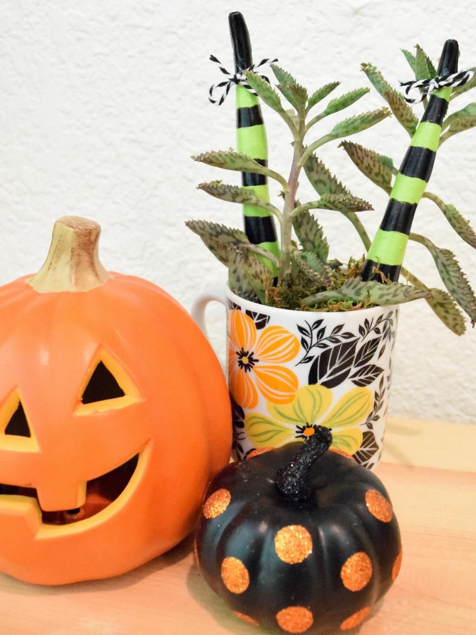 Halloween Horticulture Decorations Flying witch, Craft and Decoration - halloween diy decor
