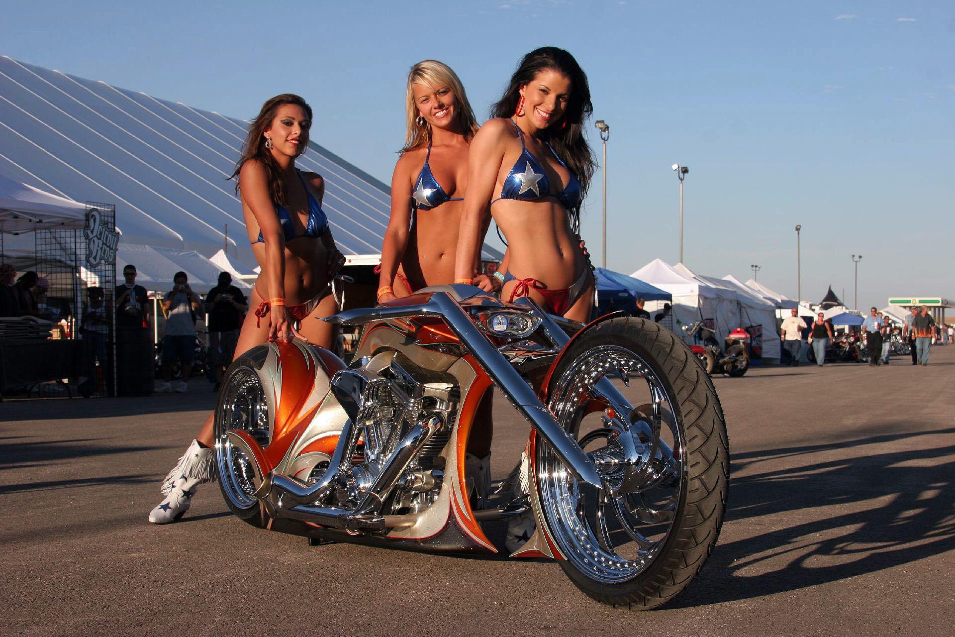 thunderbike spectacula at amd world championship / sturgis