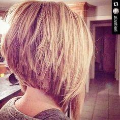 Corte de pelo en uve corto