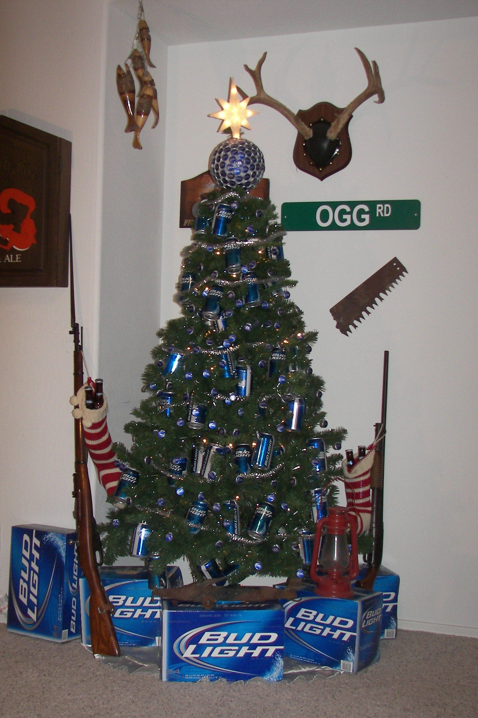 Redneck Christmas Tree. A great way to decorate with beer cans ...