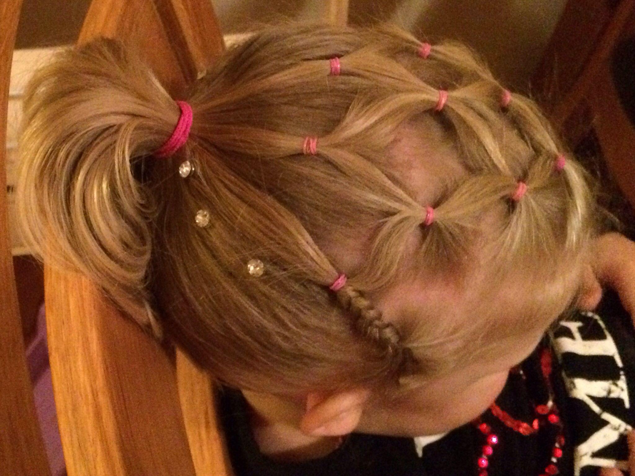 Pareltjes Pearls Hair Girl Hairstyles Hair Styles Hair
