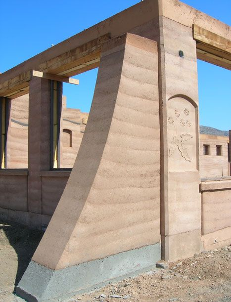 Buttress And Niche Rammed Earth Rammed Earth Wall Rammed Earth Homes