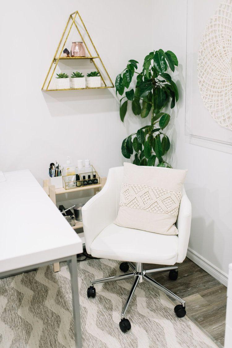 Bella Casa Spa Reveal Nail salon chairs, Beauty room