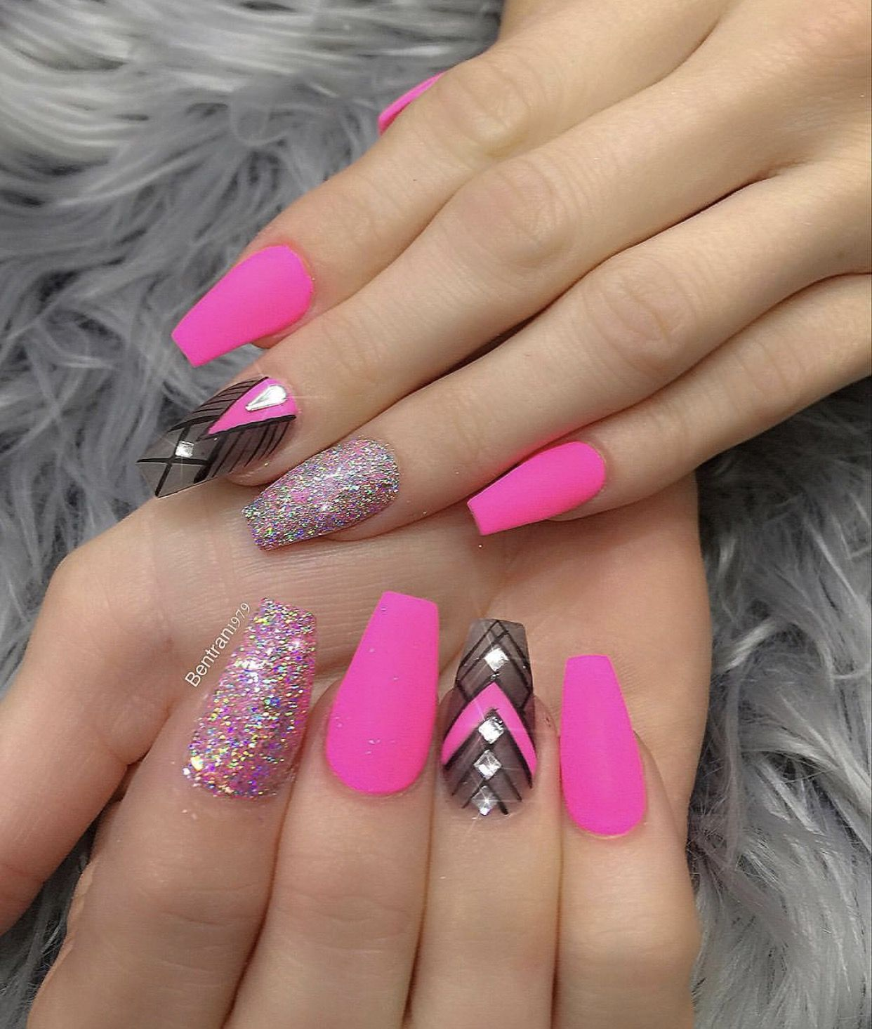 Pin by Odalys Hernandez on Nails | Pinterest | Nail shop, Matte ...