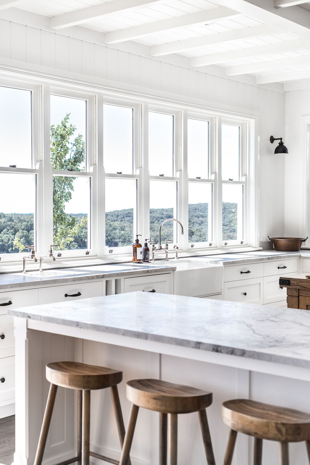 How To Create A Modern Farmhouse Kitchen - COTTONWOOD AND CO