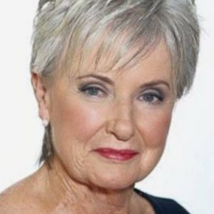 40 cute short hairstyles for older women with thick hair