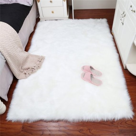 Luxury White Faux Fur Rug Long Ssheepskin Soft Fluffy Gray