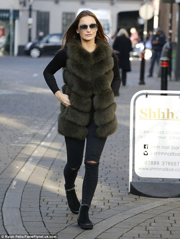 c3b4edc7888 Sam Faiers wraps up warm in faux fur gilet after PA sacking denial
