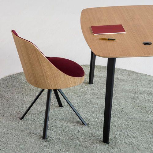 Designer Stuhl Polster Drehbar Sternformiger Fuss Chair