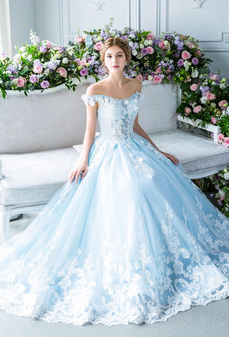 20 Princess Worthy Fairy Tale Wedding Dresses For Summer Brides