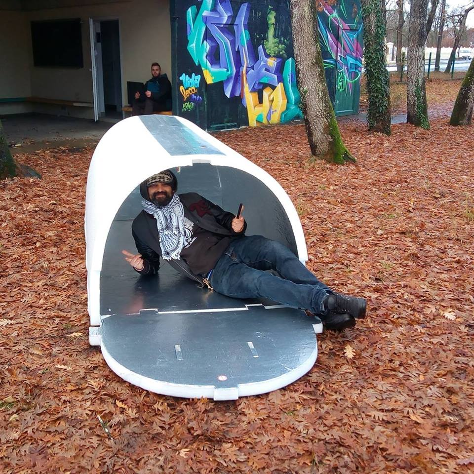A French Engineer Invents Shelters For The Homeless That Retain Heat During Winter Homeless Shelter Portable Shelter Homeless Shelter Ideas