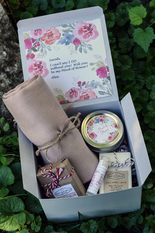 Asking bridesmaids five floral bridesmaid proposal boxes