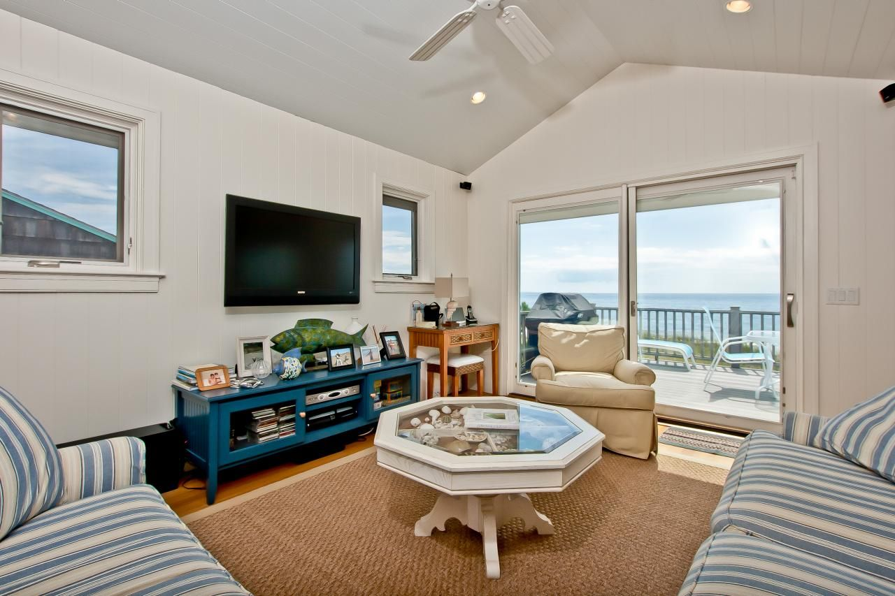 Tour A Beach Cottage In Westerly RI