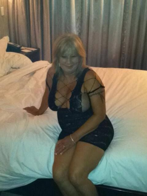 How sexy is this gran!   Super Hot Babes