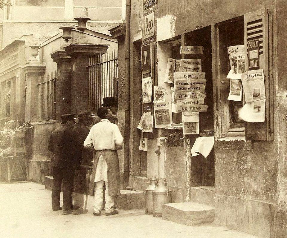 marchand de journaux de l 39 avenue de saint ouen vers 1897 m tiers et travailleurs pinterest. Black Bedroom Furniture Sets. Home Design Ideas
