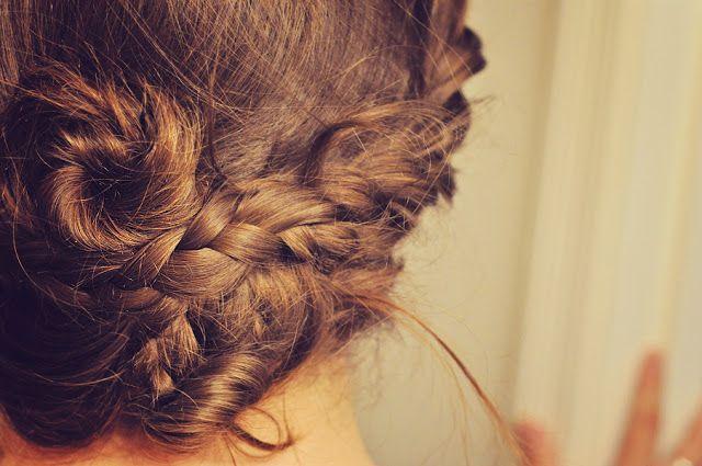 clover + lace: Pretty, pretty hair