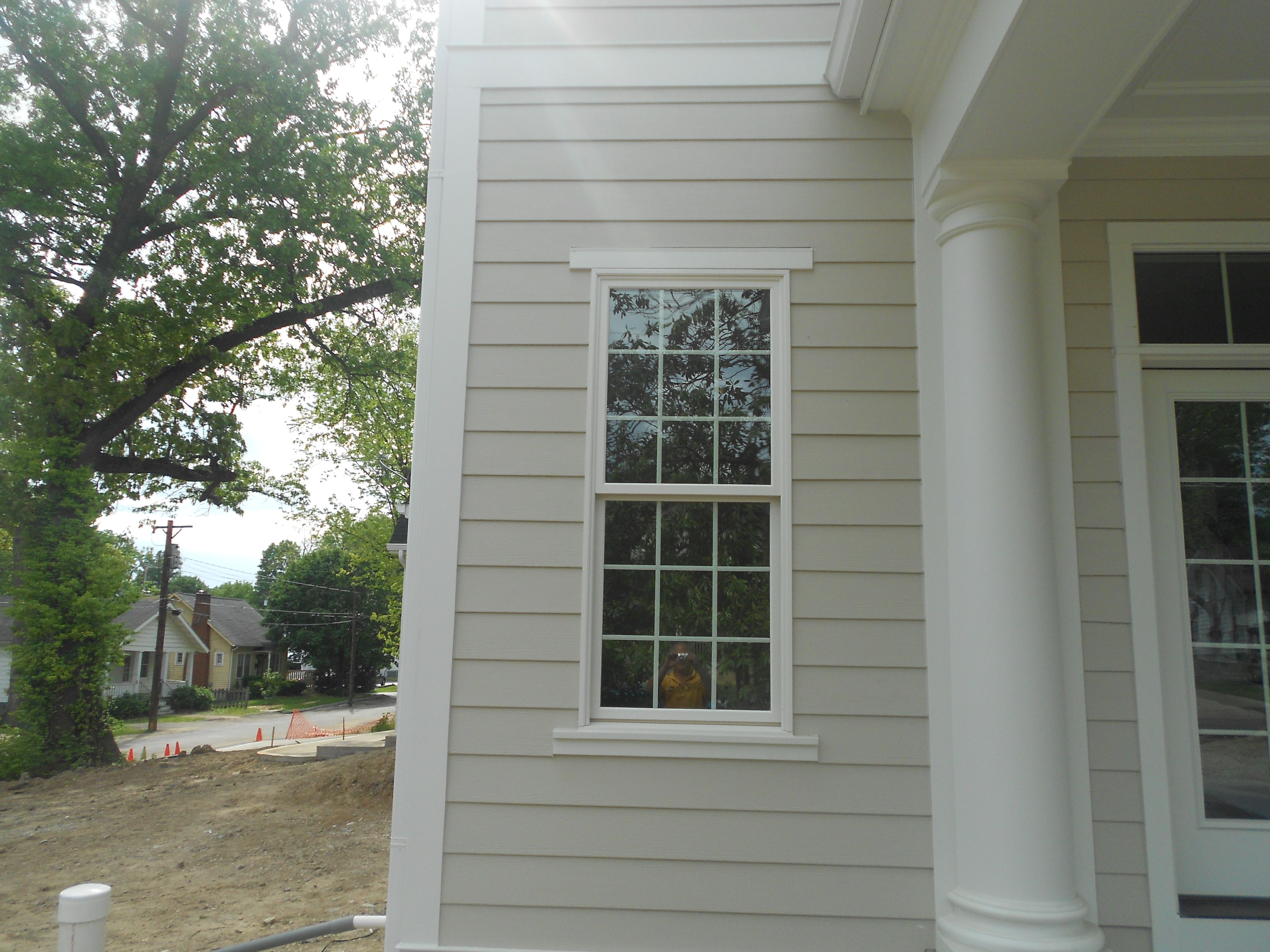 Closeup Of The Hardie Corner Trim Arctic White And The - Exterior hardie board