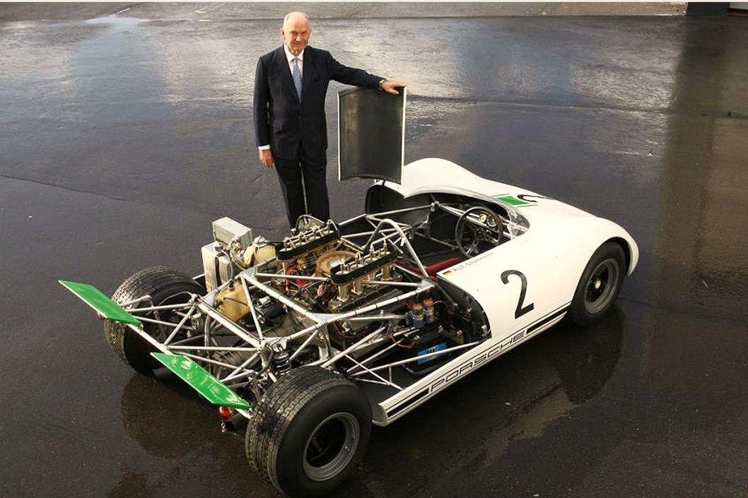 Photo of the day: Naked Porsche 917/10 - Motorsport Retro