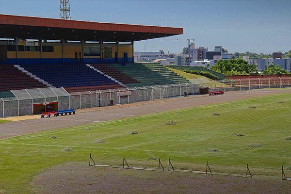 4ce42a227f Estádio 14 de Dezembro - Toledo (PR) - Capacidade  15