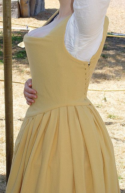 Becky's kirtle side, arm up detail in 2019 | costume/ period