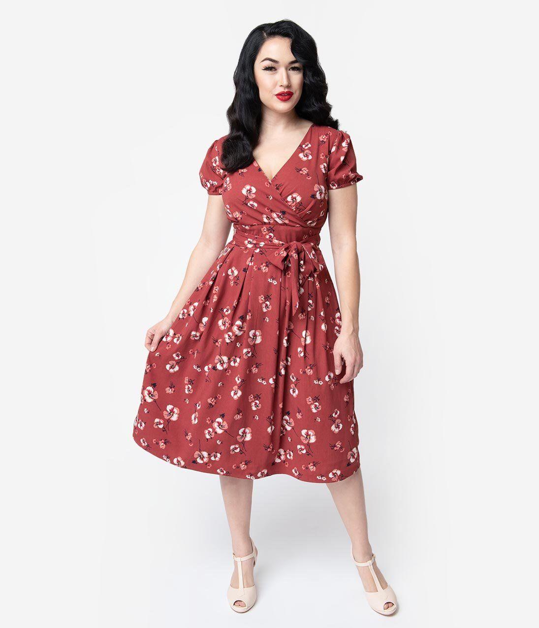 1940s Style Dark Pink Floral Short Sleeve Katelyn Midi Dress Unique Vintage 1940s Fashion Unique Dresses Vintage Dresses [ 1275 x 1095 Pixel ]