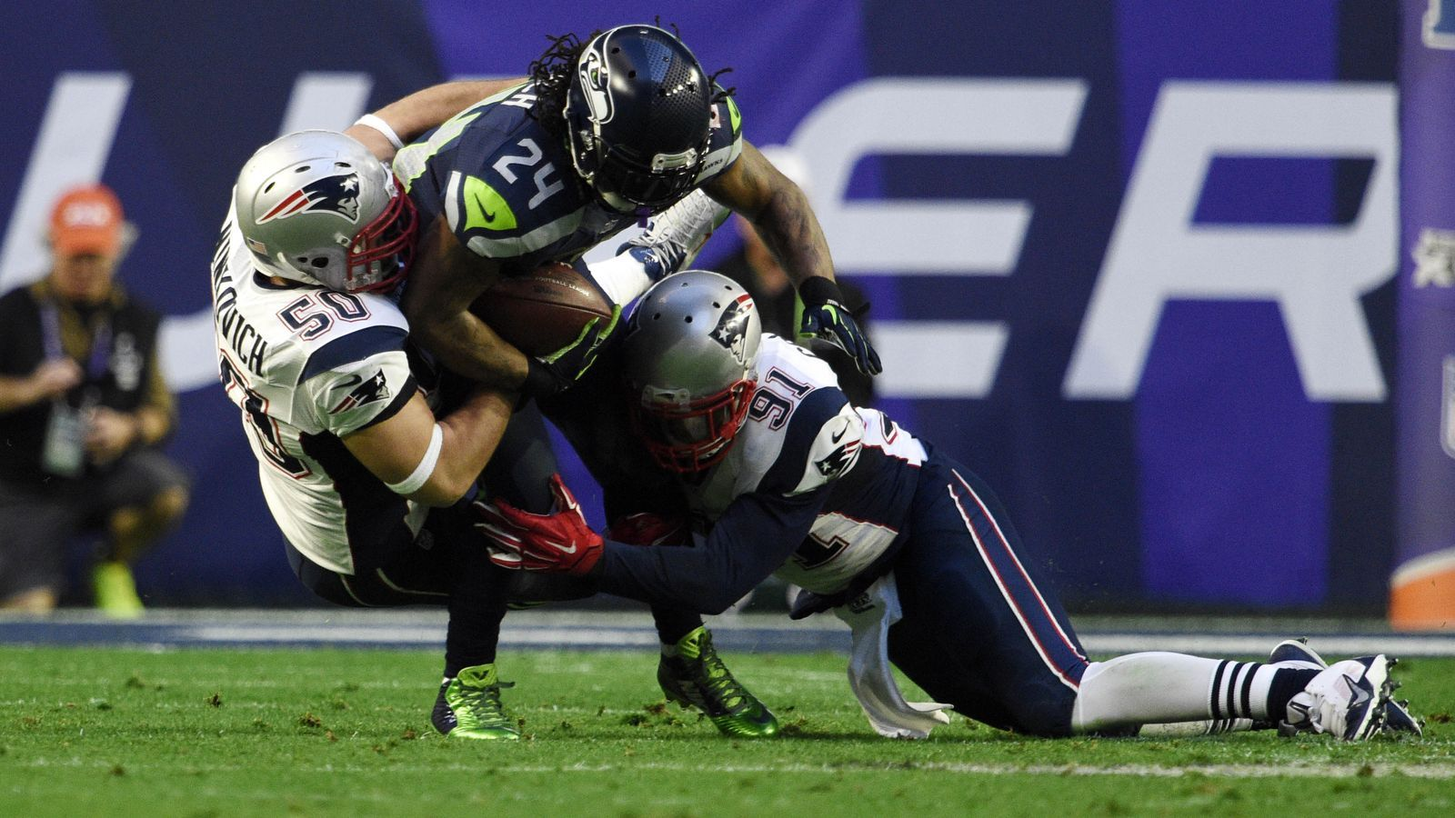 How the Patriots Stopped the Seahawk's Read Option