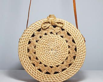 round rattan basket bag bohemian round shoulder bag round shoulder bag woven ata bag sac. Black Bedroom Furniture Sets. Home Design Ideas