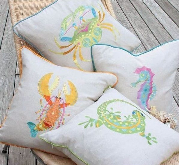 gecko feather pillow