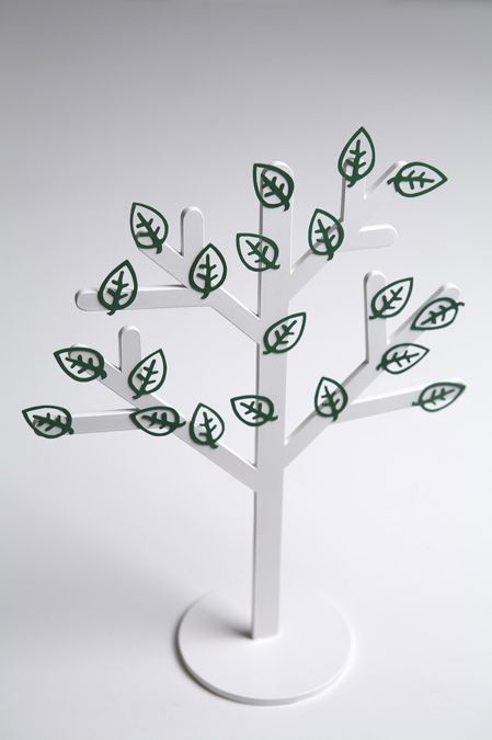 Kurinoki Is A Magnetic Paper Clip Holder In The Shape Of A Tree The Paper Clips Are Leaf Shaped Magnetic Paper Design Paper Clips
