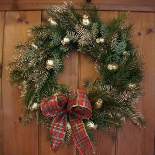 Christmas Carol Luxury Handmade Wreath 2015 - 2016 http//profotolib