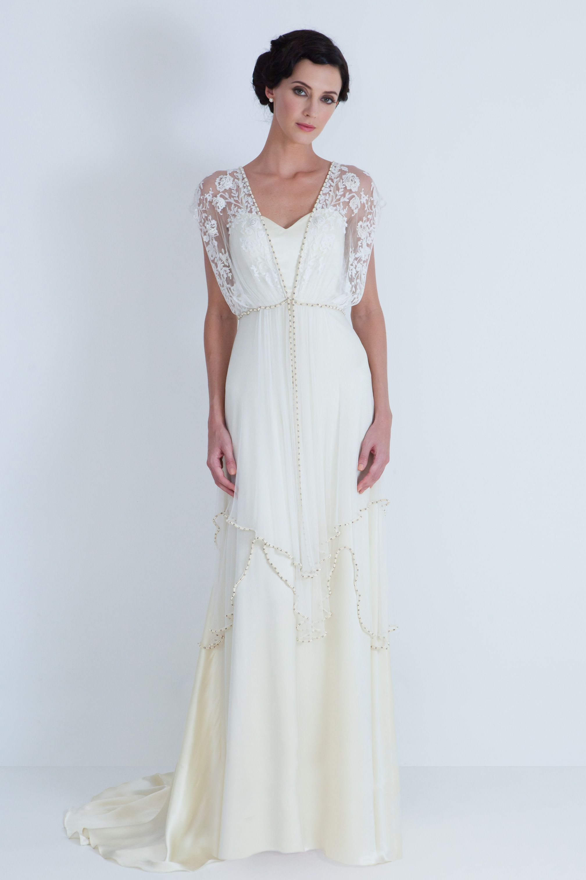 Vintage wedding dresses with sleeves  beautiful vintage dressgown  Wedding  Pinterest  Vintage dresses