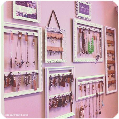 diy picture frames turned jewelry displays tutorial diy home decor pinterest schmuck. Black Bedroom Furniture Sets. Home Design Ideas