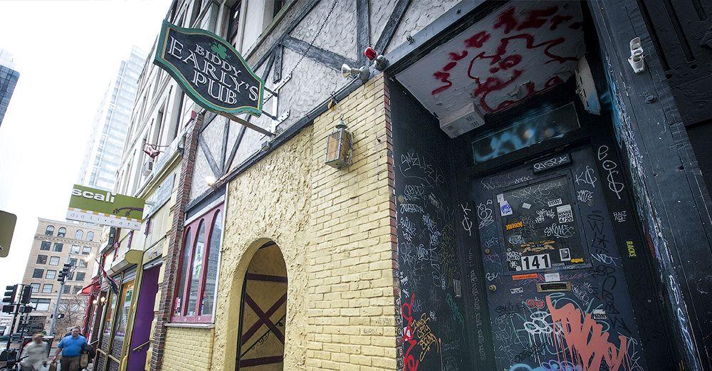 Biddy Early S In Boston Bar Shirt Dive Bar Irish Pub