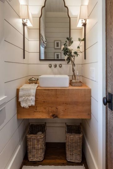 31 Fixer Upper Bathrooms + 5 tips to help you decorate like a PRO!