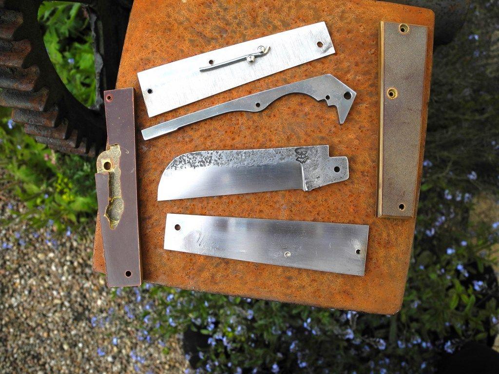 Rencontres couteaux coloniaux