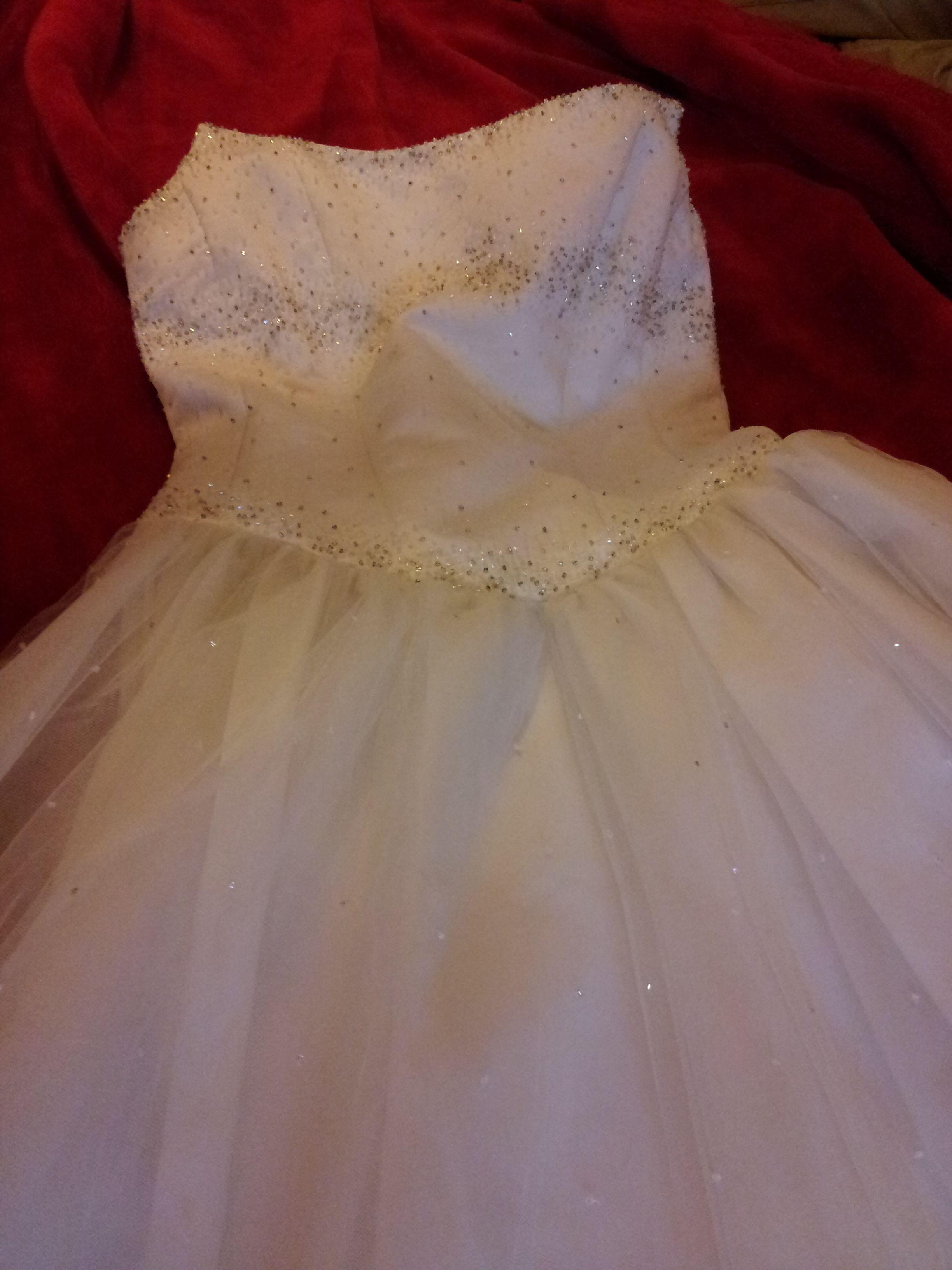 Novo vestido publicado! casa das noivas - T38 por só 270€! Economize um 78%!   http://www.weddalia.com/pt/loja-vender-vestido-de-noiva/casa-das-noivas-t38-2/ #VestidosDeNoiva via www.weddalia.com/pt