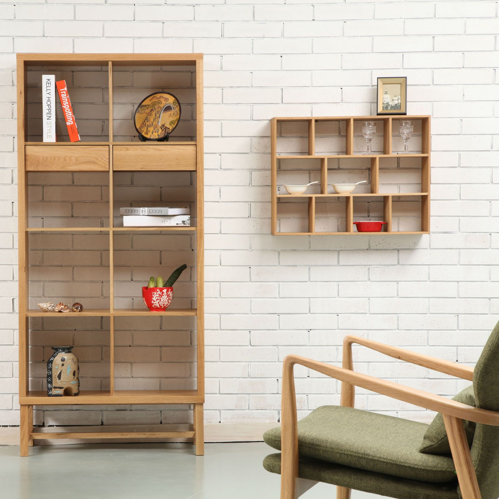 Jonas 2x4 bookshelf with drawers oak 75x33x162cm