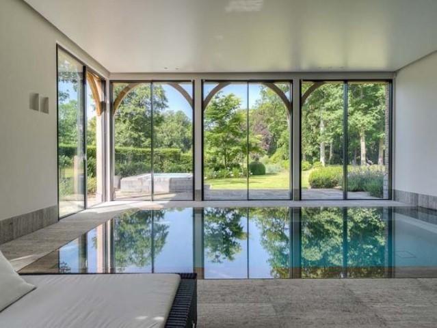 Uitzonderlijke nieuwbouwvilla voorzien van alle luxe en comf