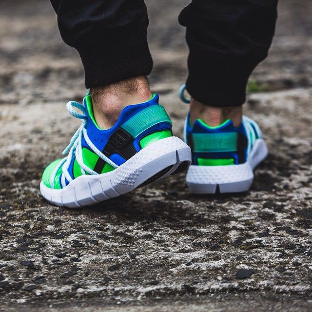 quality design fbd12 f5d8e Nike Huarache NM (grün   blau) - 43einhalb Sneaker Store Fulda