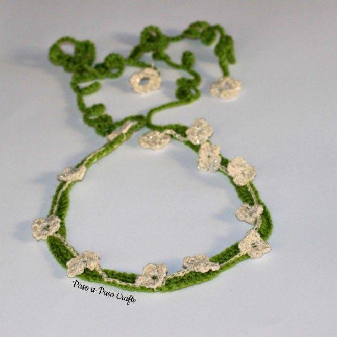 Crochet floral headband pattern