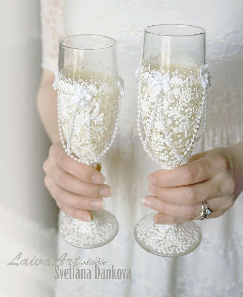 Wedding Champagne Flutes Wedding Champagne Glasses Bride and Groom ...