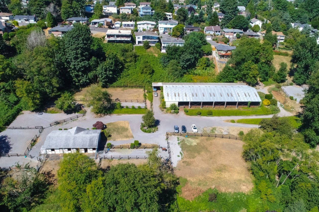 Equestrian Estate for Sale in King County in Washington