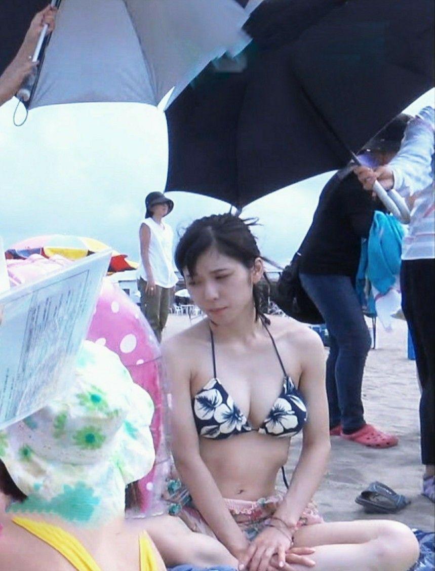 松岡 茉 侑 水着