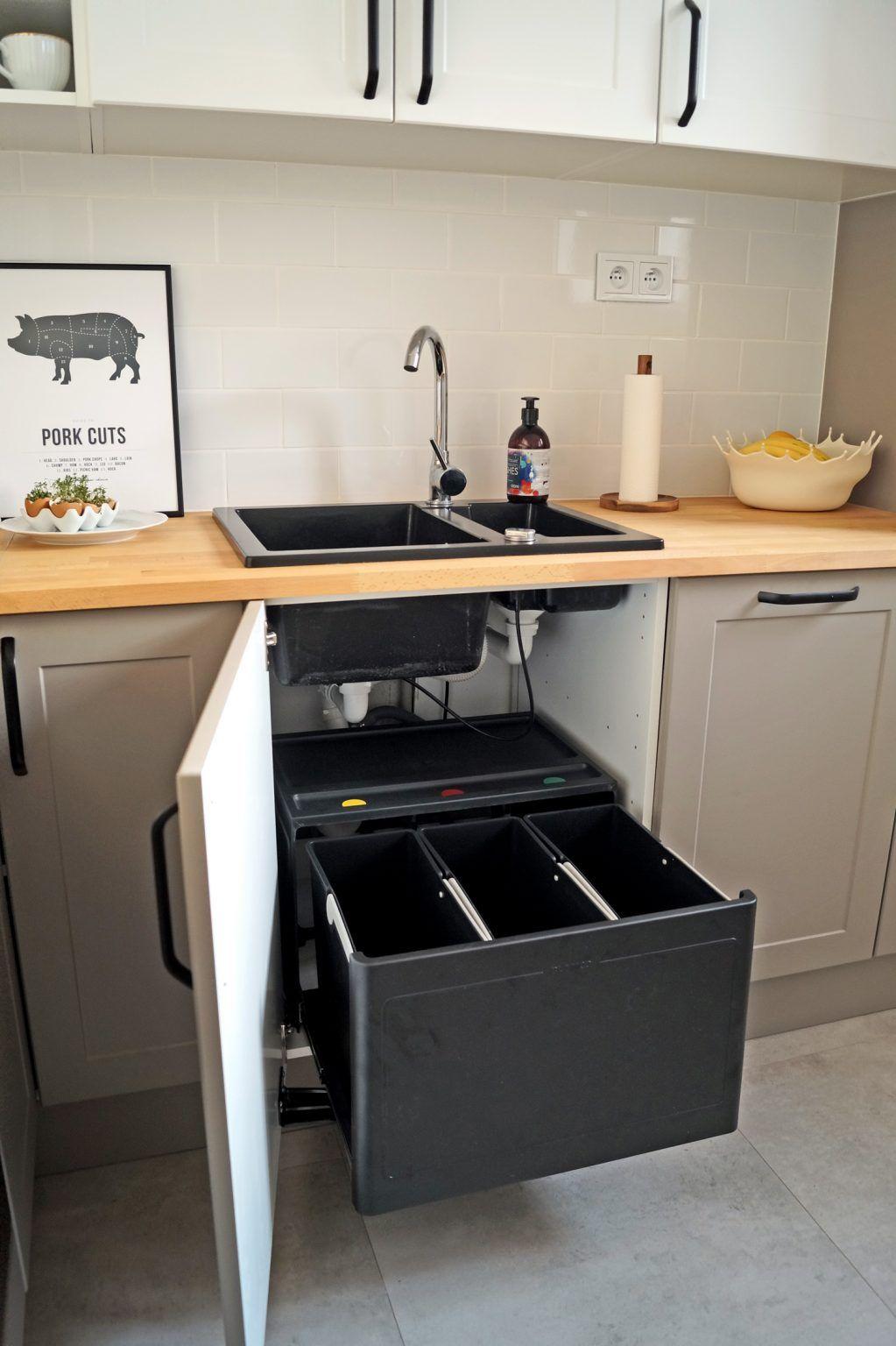 Segregowanie Smieci W Malej Kuchni Learning From Hollywood Kitchen Cabinets Home Decor Decor